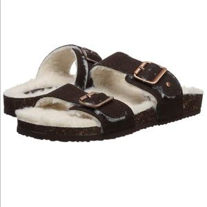 Madden Girl Fluffy Sandals Brando-f